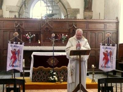 1.Célébration d'envoi au prieuré d'Ardevon