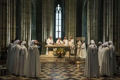16 Professions perpétuelles sr Anne et fr Jean-Gabriel